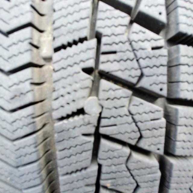 BRIDGESTONE(ブリヂストン)のスタッドレス ブリザックWRX 185-65-14 スチールホイール4本セット 自動車/バイクの自動車(タイヤ・ホイールセット)の商品写真