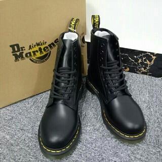 Dr.Martens - 激売れ!UK7ブーツ Dr. Martens ドクターマーチン8ホール黒1460