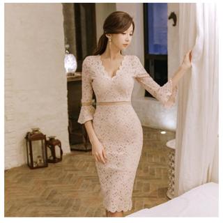 フラワーレースタイトスカートドレス