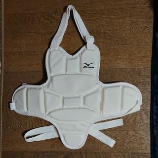 ミズノ(MIZUNO)のミズノ空手胴プロテクター・Sサイズ超美品(相撲/武道)
