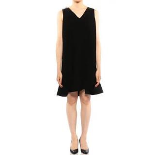 バーニーズニューヨーク(BARNEYS NEW YORK)の【新品未使用】ヨーコチャン yokochan Back Pearl Dress (ひざ丈ワンピース)