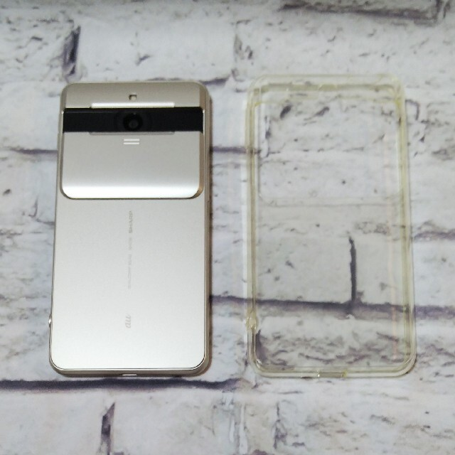 AQUOS(アクオス)の【美品】SIMロック解除済 AQUOS BASIO2 SHV36 簡単 スマホ  スマホ/家電/カメラのスマートフォン/携帯電話(スマートフォン本体)の商品写真