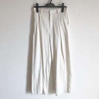 ガリャルダガランテ(GALLARDA GALANTE)のドローイングナンバーズ パンツ ホワイト  サイズ36 (カジュアルパンツ)