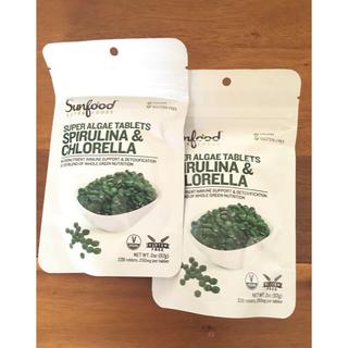 Sunfoodスピルリナ&クロレラタブレット鉄ビタミンB12グルテンフリー