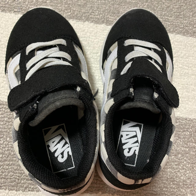 VANS(ヴァンズ)の最終価格❤︎VANS  オールドスクール 16cm 黒 キッズ/ベビー/マタニティのキッズ靴/シューズ(15cm~)(スニーカー)の商品写真