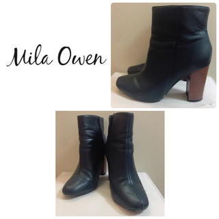 Mila Owen - ミラオーウェン ネイビーレザー ショートブーツ