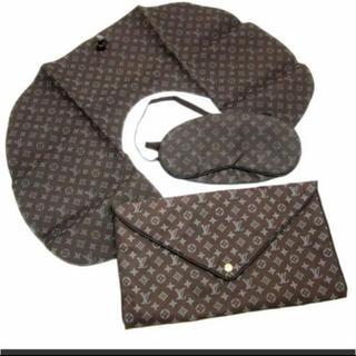 ルイヴィトン(LOUIS VUITTON)の【入手困難】Louis Vuitton トラベルセット(旅行用品)