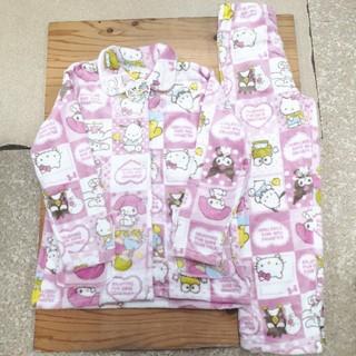 サンリオ - 新品タグ付き ピンク サンリオ集合 ふわもこパジャマ フリーサイズ