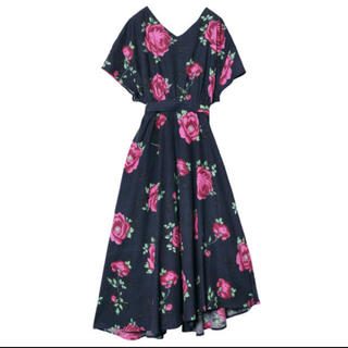 Ameri VINTAGE - アメリヴィンテージ LUCY V-NECK DRESS