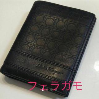 サルヴァトーレフェラガモ(Salvatore Ferragamo)の☆美品☆フェラガモ黒財布(折り財布)