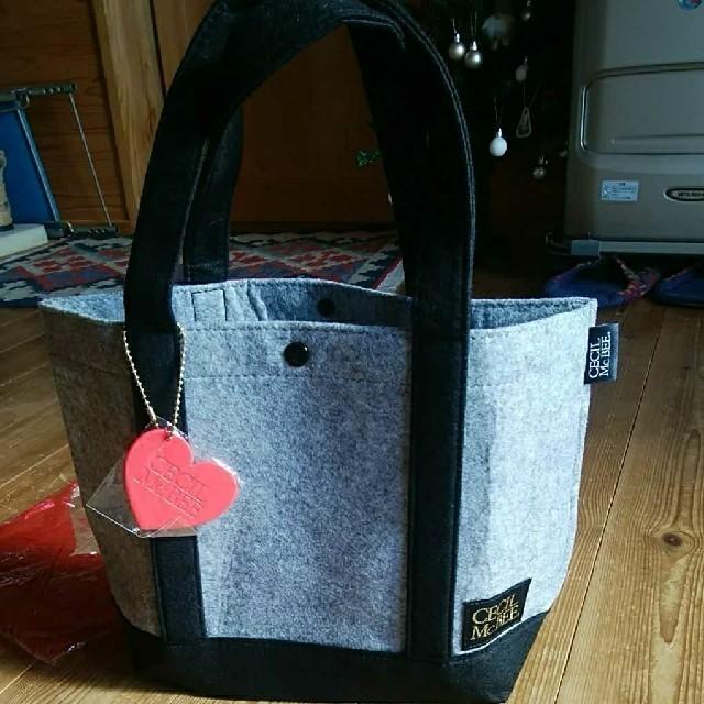 CECIL McBEE(セシルマクビー)のセシルマクビー フェルトバッグ レディースのバッグ(トートバッグ)の商品写真