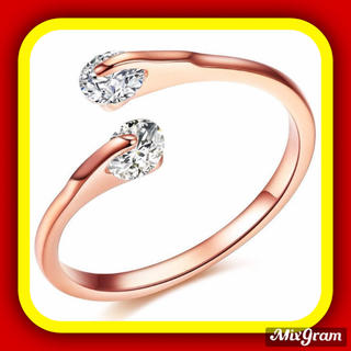 スワロフスキー(SWAROVSKI)の✨定価6280円✨★SWAROVSKI★ 金属アレルギー対応 リング 指輪(リング(指輪))