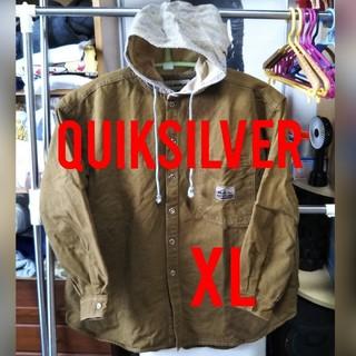 QUIKSILVER - QUIKSILVERフード付きボタンシャツ