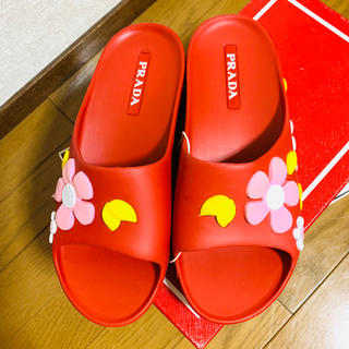 PRADA - ♡期間限定お値下げ●PRADAプラダ赤花柄サンダルミュール37新品