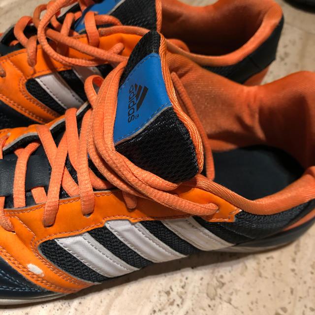 adidas(アディダス)のadidas フットサルシューズ 26.5 スポーツ/アウトドアのサッカー/フットサル(シューズ)の商品写真