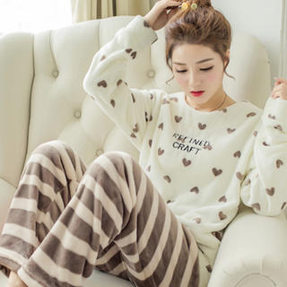 ハート柄 もこもこパジャマ