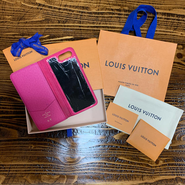 LOUIS VUITTON - LOUIS VUITTON iPhone7plus、iPhone8plusケースの通販