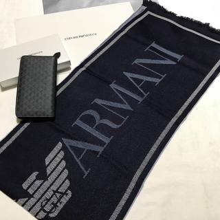 エンポリオアルマーニ(Emporio Armani)の 洗練されたデザイン   2点セット①長財布②イタリア製マフラー ネイビー(マフラー)