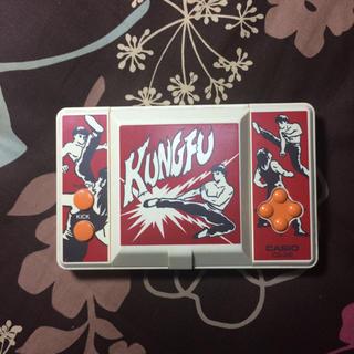 カシオ(CASIO)のカシオ カンフー携帯ゲーム(超レア)(携帯用ゲーム機本体)
