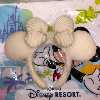 Disney - ディズニー カチューシャ 白 モコモコ クリスマス