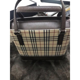 BURBERRY - BURBERRYハンドバッグ
