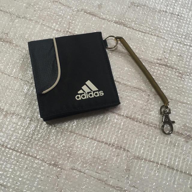 adidas(アディダス)のadidas財布 キッズ/ベビー/マタニティのこども用ファッション小物(財布)の商品写真