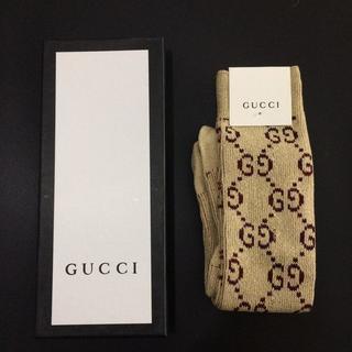 グッチ(Gucci)のGucci ハイソックス ロング ラメ ゴールド 靴下(ソックス)