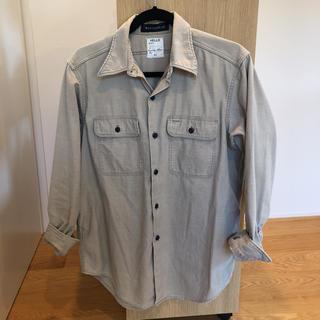 MADISONBLUE - マディソンブルー ハンプトンバックサテンシャツ モカ