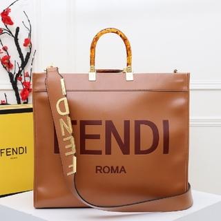 FENDI - 年末セールフェンディハンドバッグ