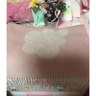 エムズグレイシー(M'S GRACY)のエムズグレイシーロングマフラーお花🌸🌸🌸(マフラー/ショール)