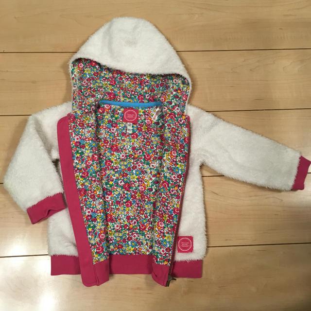 NEXT(ネクスト)のイギリス 人気 花柄 もこもこ パーカー  キッズ/ベビー/マタニティのキッズ服女の子用(90cm~)(ジャケット/上着)の商品写真