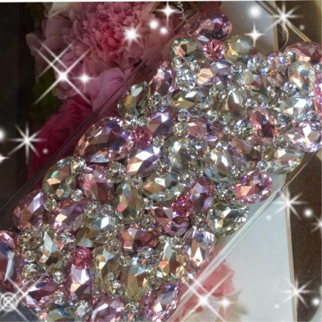 キラキラ ガラスビジュースワロフスキーiPhoneケースの通販