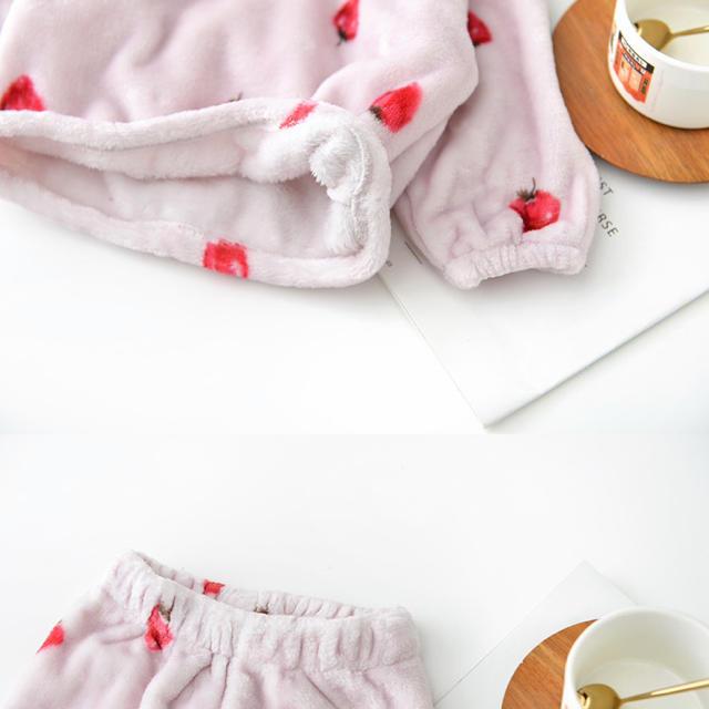 petit main(プティマイン)のもこもこパジャマセット キッズ/ベビー/マタニティのキッズ服女の子用(90cm~)(パジャマ)の商品写真