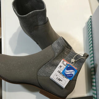 ザラ(ZARA)のザラキッズ 新品ブーツ サイズ38 24センチ(ブーツ)