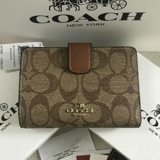 COACH - 新品COACHコーチ二つ折り財布で国内発送 F53562