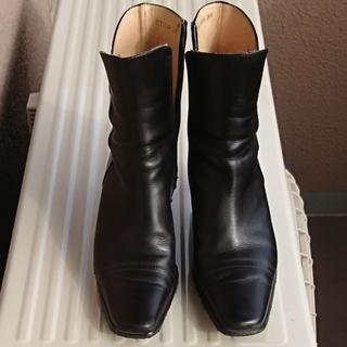 MODELLO ブーツ (24.0㎝)