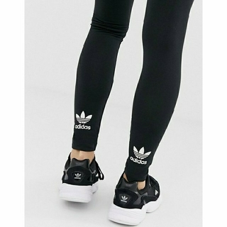 アディダス(adidas)のアディダスオリジナルストレフォイルロゴレギンスXS(レギンス/スパッツ)