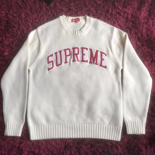 シュプリーム(Supreme)のsupreme arc logo tackle twill sweater(ニット/セーター)