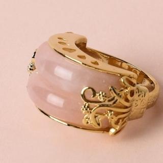 ◎韓国指輪◎ 新商品 ピンク オマケで箱に入れます!(リング(指輪))