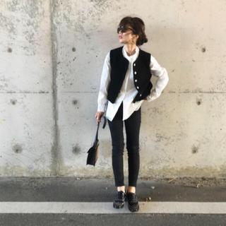 トゥデイフル(TODAYFUL)のepa angora pile vest ( black) ベスト(ベスト/ジレ)
