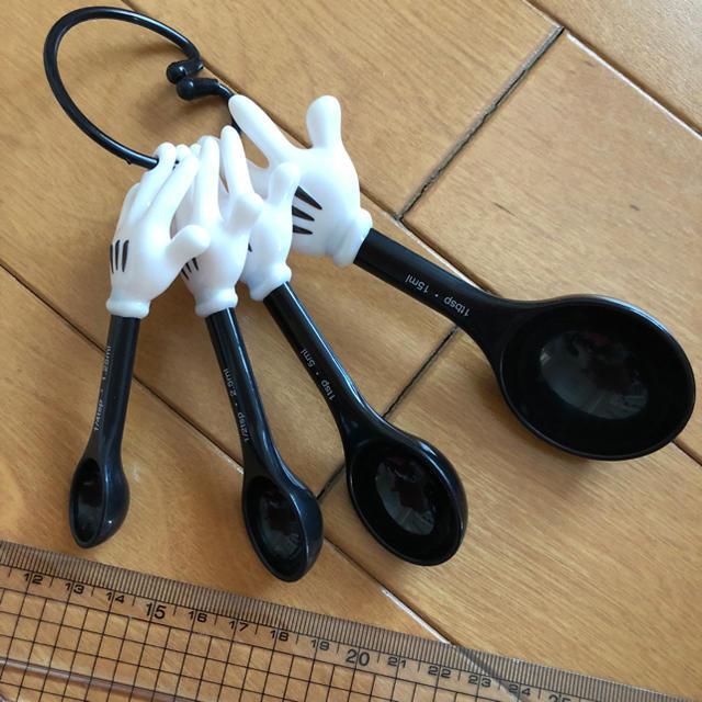 【新品未使用】ミッキー  計量スプーン インテリア/住まい/日用品のキッチン/食器(調理道具/製菓道具)の商品写真