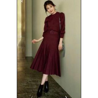 Mila Owen - ミラオーウェン セットアップ パフスリーブニットプリーツスカート 共布ベルト付き