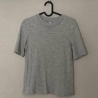 ユニクロ(UNIQLO)のユニクロ スラブハイネックTシャツ 半袖 グレーXS(Tシャツ(半袖/袖なし))