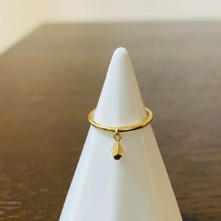 ココシュニック(COCOSHNIK)のココシュニック しずく型ピンキーリング(リング(指輪))