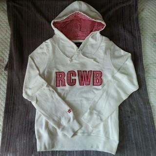 ロデオクラウンズワイドボウル(RODEO CROWNS WIDE BOWL)のRCWB ロゴパーカー(パーカー)