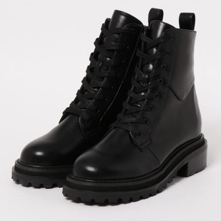 SLY - SLY CHUNKY HIKING SHORT BOOTS 新品未使用