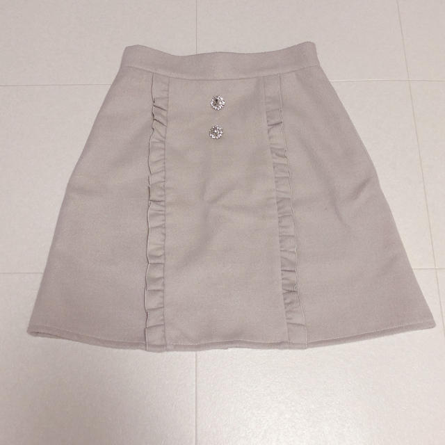 evelyn(エブリン)のアンミール フロントフリルスカート レディースのスカート(ミニスカート)の商品写真