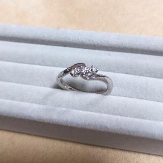 4℃ - 未使用 4℃ k18 ホワイトゴールド リング 3ストーン ダイヤモンド