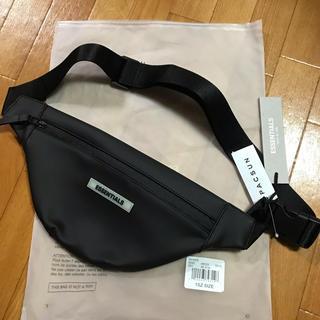 フィアオブゴッド(FEAR OF GOD)のFOG essentials waist bag ウエストバック 19ss(ウエストポーチ)