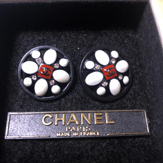 CHANEL - シャネルボタン